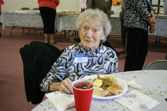 Rita Pottinger Niman, oldest in attendance, 99 year old