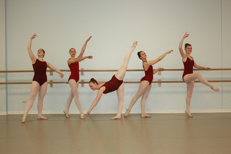 Ballet 4-5 (Performs in The Nutcracker)