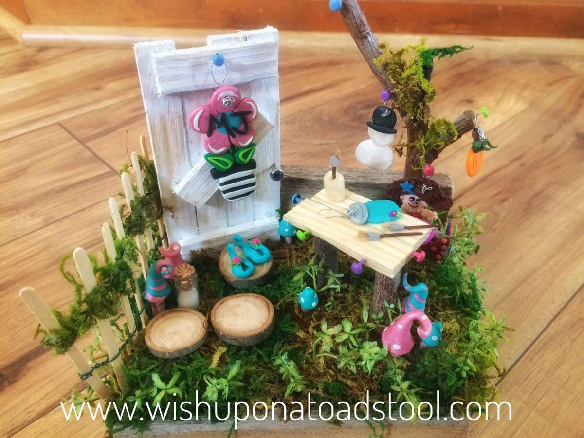 Custom Garden for a friend who owns a decorative door hanger business
