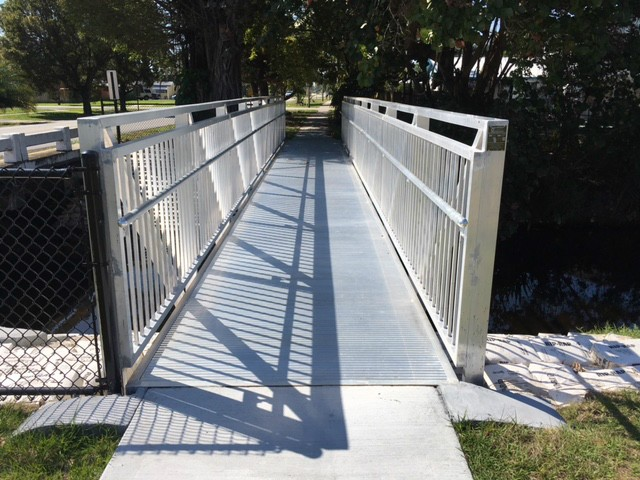 Aluminum Pedestrian Bridge for Davis Canal