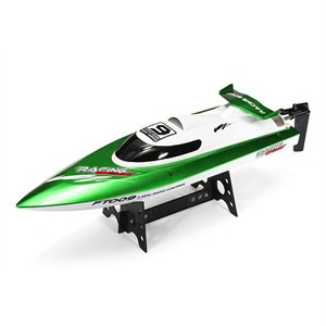 Water Cooling High Speed Racing RC Boat. Super fast and easy to control.