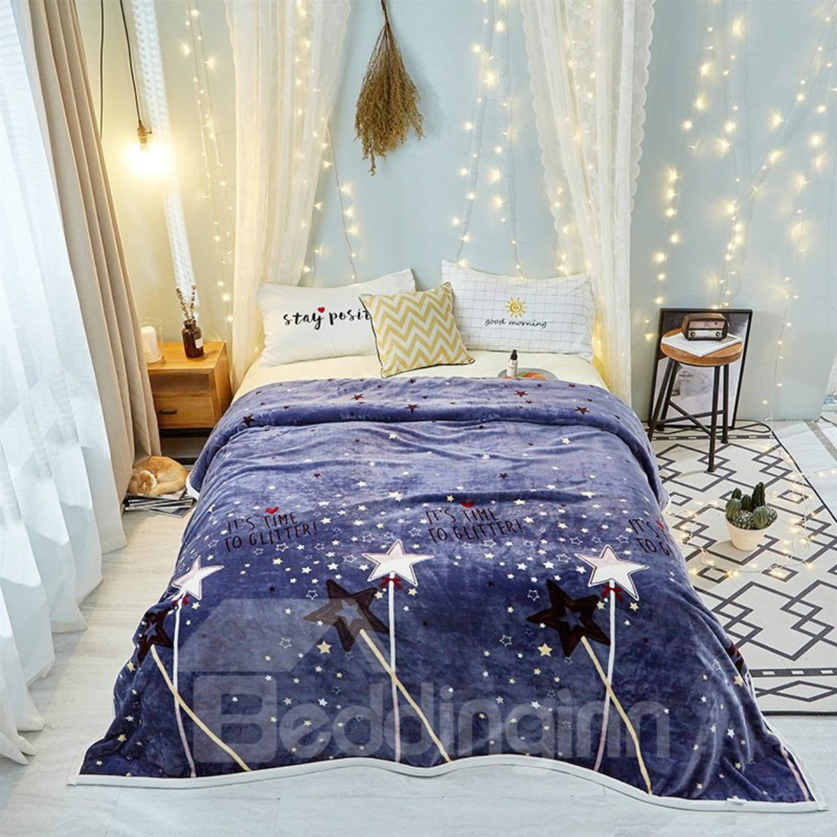 Sparkling Star Navy Blue Ultra Soft Lightweight Flannel Blanket