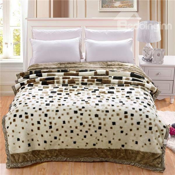 Concise Checks Design Plaid Long Velvet Blanket