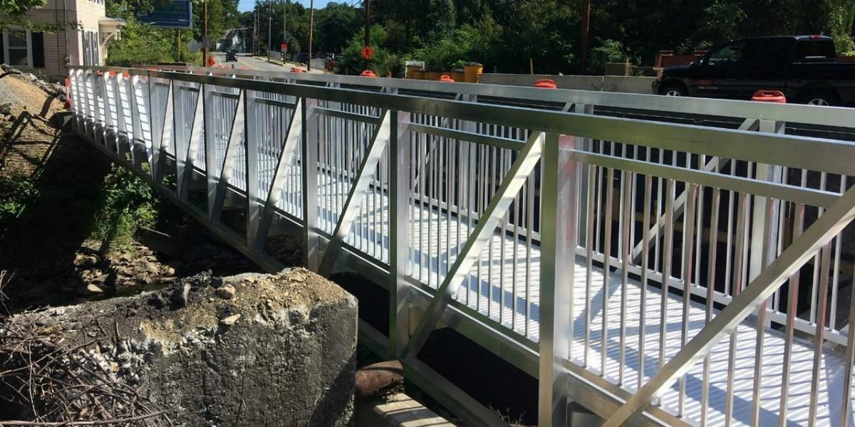 Fitchsburg, Massachusetts Temporary Pedestrian Bridge